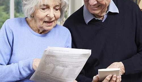 How to Help Seniors Manage Their Finances in Waterloo, CAN