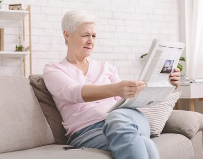 What Are Some Common Symptoms of Vision Issues in Aging Adults in Waterloo, ON