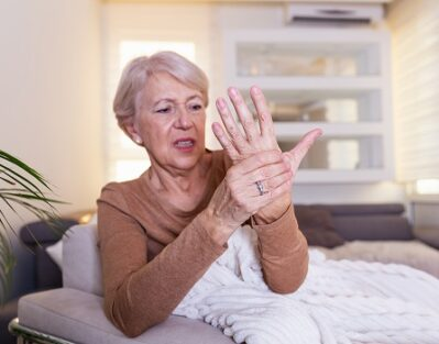 Tips to Make Dressing Easier for Seniors with Arthritis in Waterloo, ON